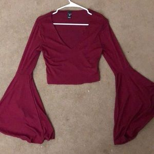 Red Windsor Store Crop Top